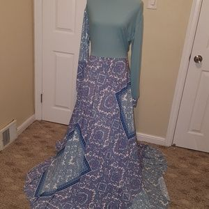 Abaya Maxi Dress